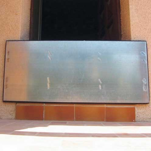 Flood Protection Barrier for 620-1090 wide doorways