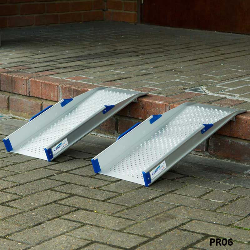 Ultralight-Rigid / Handi Wheelchair Kerb Ramps