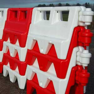 Water Filled Road And Traffic Barrier - Pallet of 18 Barriers