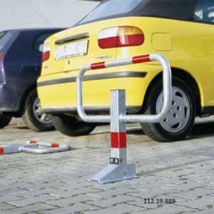 COMMANDER Drop Down Parking Barriers