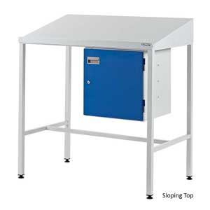 Team Leader Workstation With Lockable Cupboard