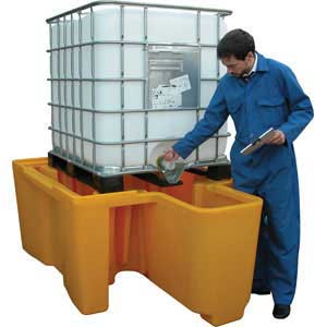 BBC1D - Single IBC Containment with Built-In Dispenser