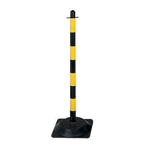 Yellow / Black Post & Chain Kit with Triangular Concrete Filled Base