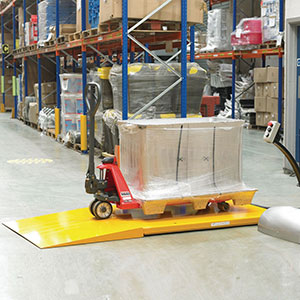 Low profile lift table, capacity 1000 kg