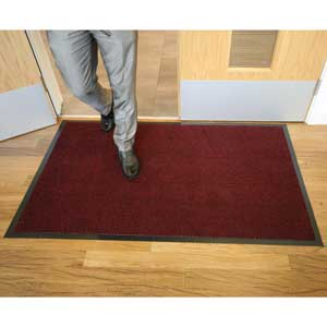 Red Vyna Plush Entrance Mats