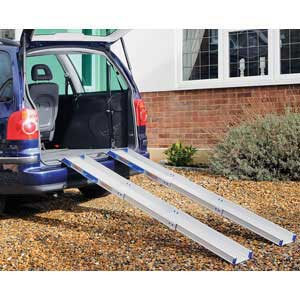 Ultralight-Telescopic Access Ramp