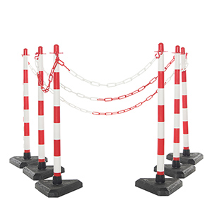 4 Concrete Base Post & Chain Kit With Red & White Chain