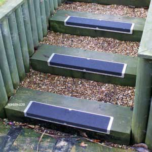 L-Shaped stair treads in use