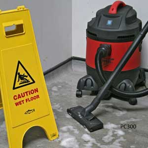 PC300 Vacuum Cleaner Wet Floor