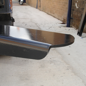 Fork lift extention sleeve toe