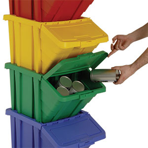 Stacked recycling boxes with hinged lid