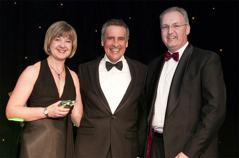 Caroline Francis, Dermot Murnaghan  and Simon Francis at the Ecmod Direct Commerce Award 2011