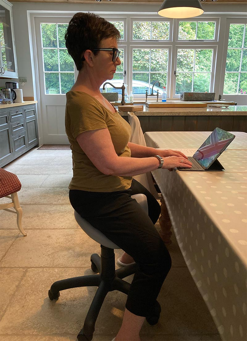 Mandy with perfect posture thanks to her Saddle Stool