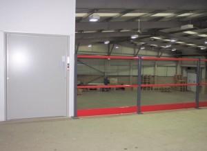 Mezzanine floor and lift