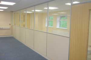 Partitioning with glazed units