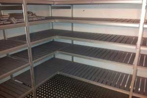Aluminium_Shelving_in_chiller2