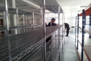 Chrome_WireShelving_installation