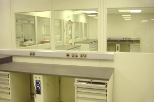Part_Glazed_Cleanroom_Partitions