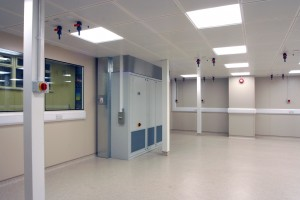 Titan_Cleanroom_Partitions_4