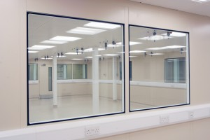 Titan_Cleanroom_Partitions_5