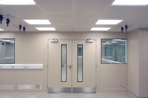 Titan_Cleanroom_Partitions_7
