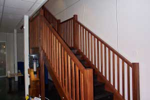 Wood_Stairs_on_Mezzanine_Flooring