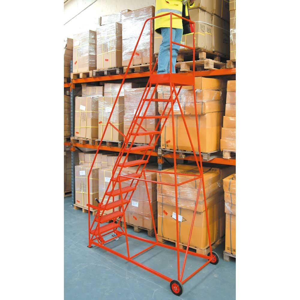 Lever Braked Safety Steps - 762mm Wide Treads