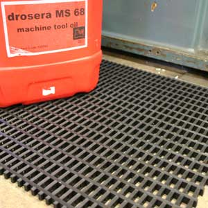 Cobamat Heavy Duty PVC Matting with 22mm x 10mm holes - per roll