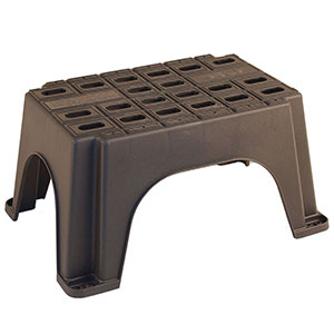 Heavy-duty plastic safety hop up step