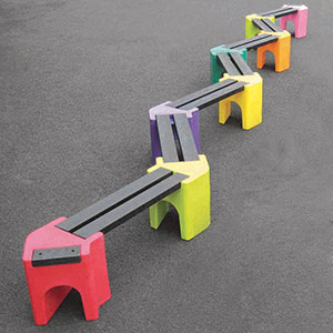 Zig-zag childrens bench seat